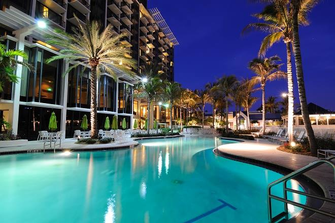 Du lịch Cocobay Đà Nẵng Resort có gì hấp dẫn ?